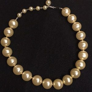 Vintage Trifari simulated pearls